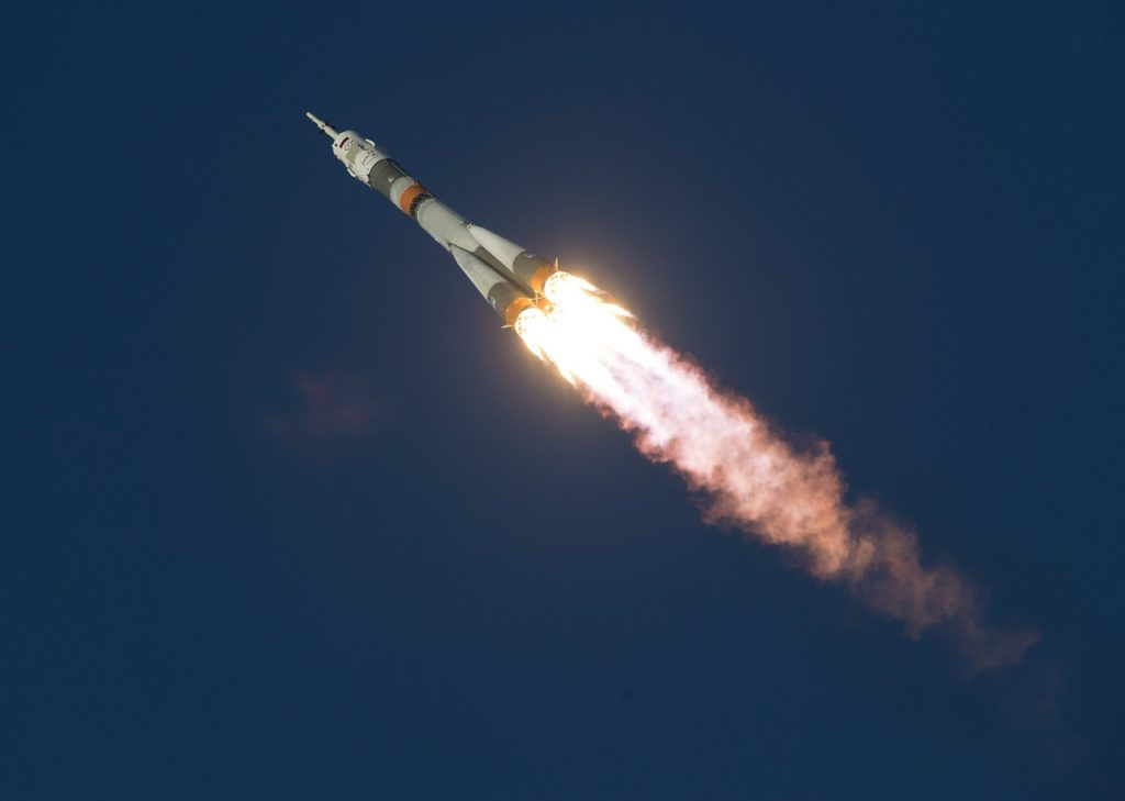 soyuz launch, space, shuttle